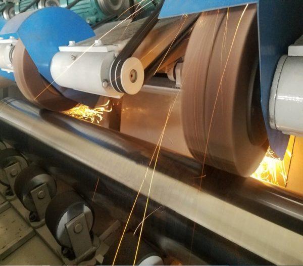 WX-DL-4 Зачистной станок круглой и профильной трубы от ржавчины. Любой станок только напрямую от производителя! www.vbobylev.ru Присылайте Тех. задание на адрес: vbobylev@mail.ru